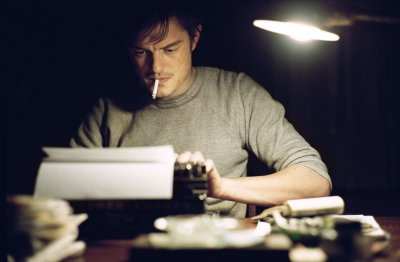 Úton - Sam Riley