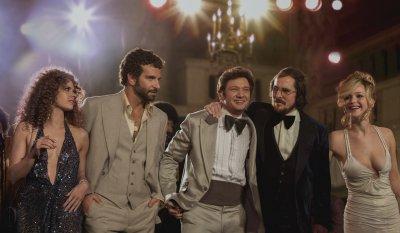 Amerikai botrány - Bradley Cooper, Amy Adams, Jennifer Lawrence, Jeremy Renner és Christian Bale