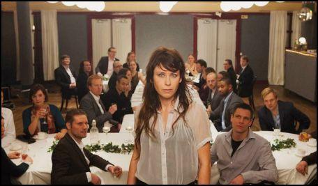 az osztálytalálkozó - anna odell középen