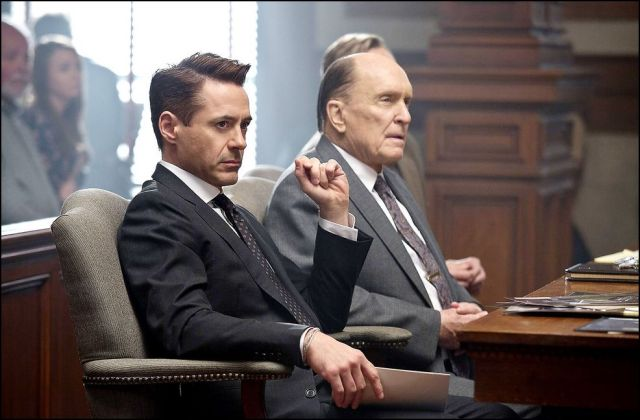 a bíró - robert downey jr. és robert duvall