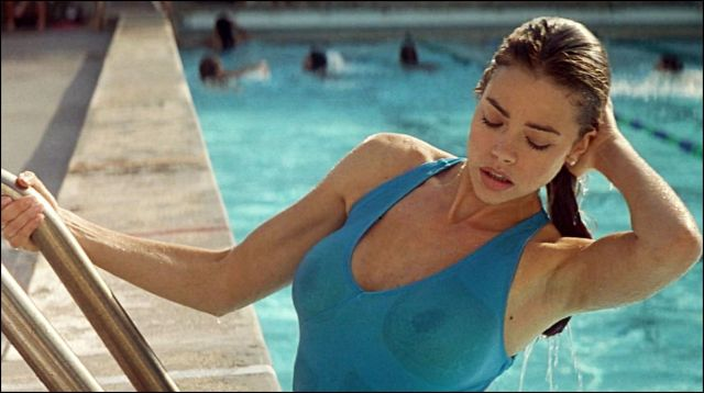 vad-vagyak-denise-richards